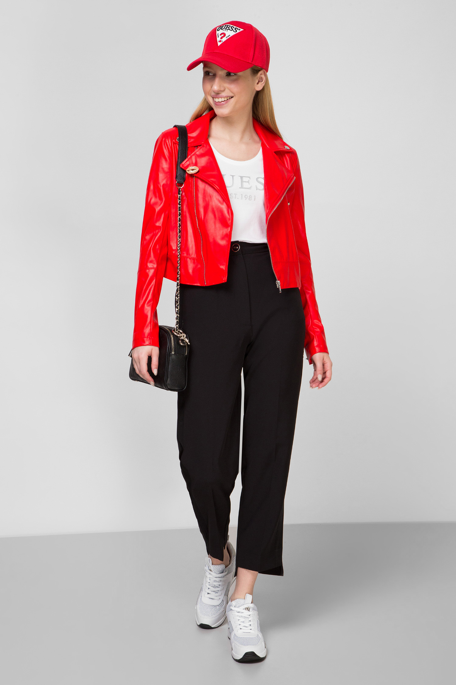 Женская красная  косуха Guess W0GL32.WCS30;FICR