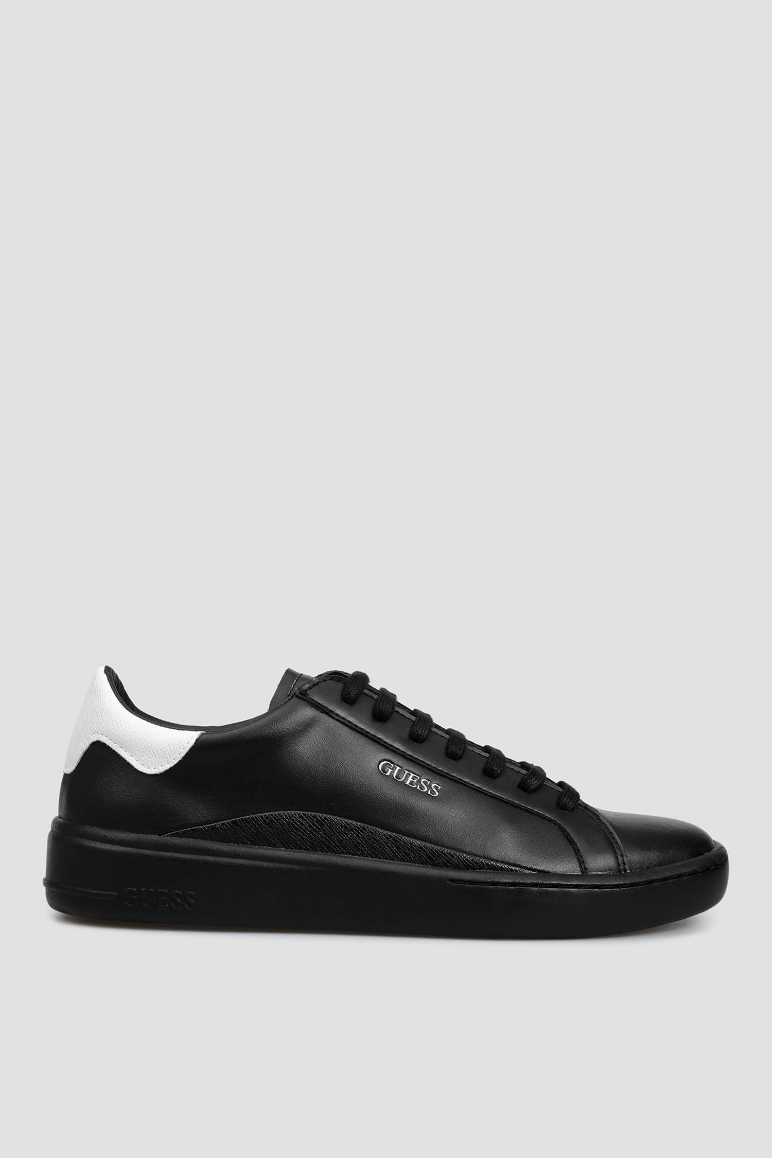 Мужские черные кожаные сникеры Guess FM8VER.LEA12;BLACK
