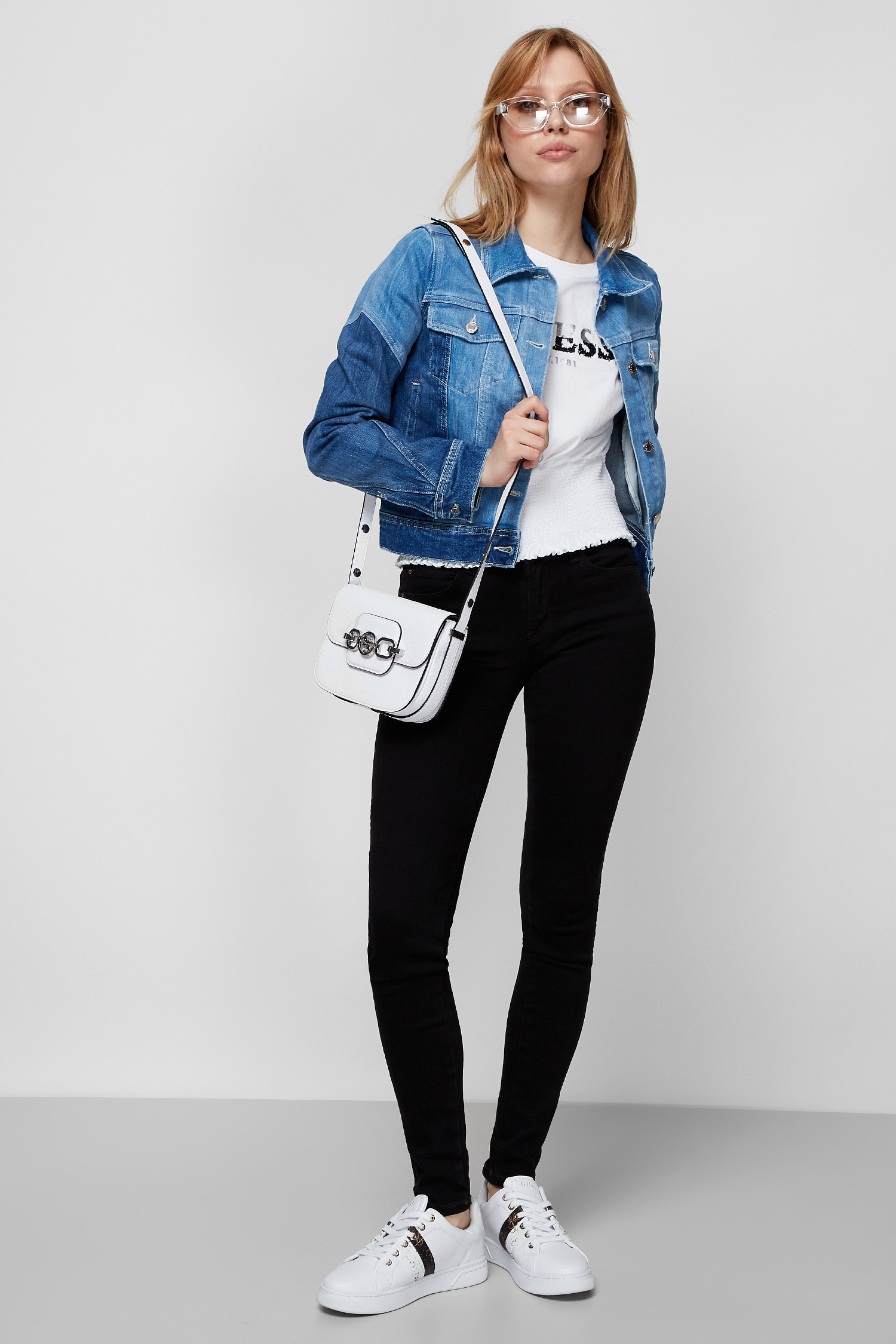 Женская джинсовая куртка Guess W1RN19.D4AR1;SUMH