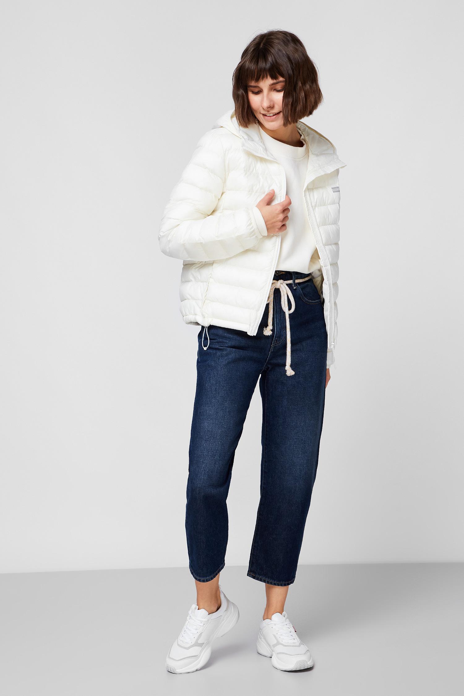 Женская белая куртка Levi's 26858;0003