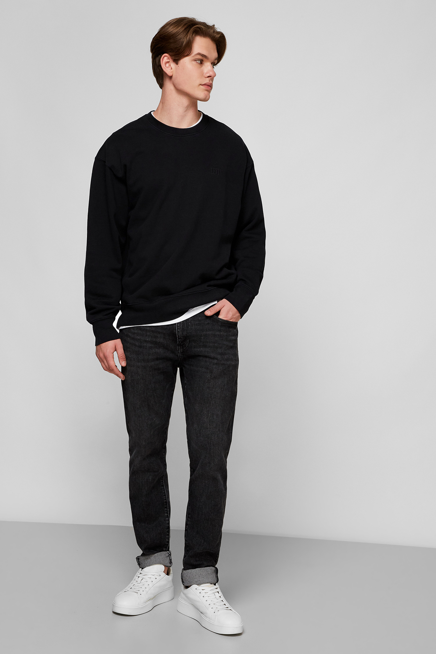 Черный свитшот для парней Levi's 85531;0001
