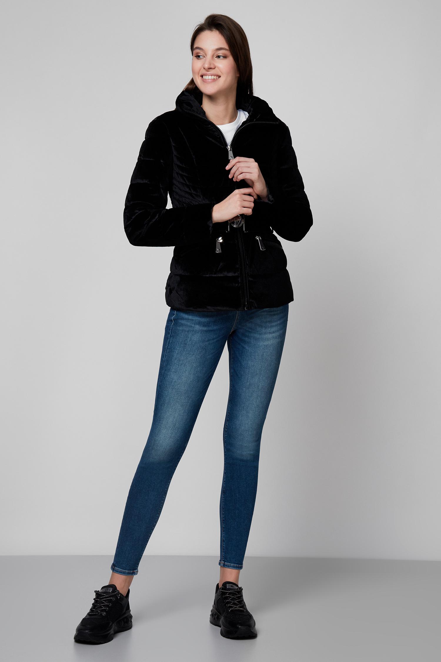 Женская черная куртка Guess W0BL0C.WDAZ0;JBLK