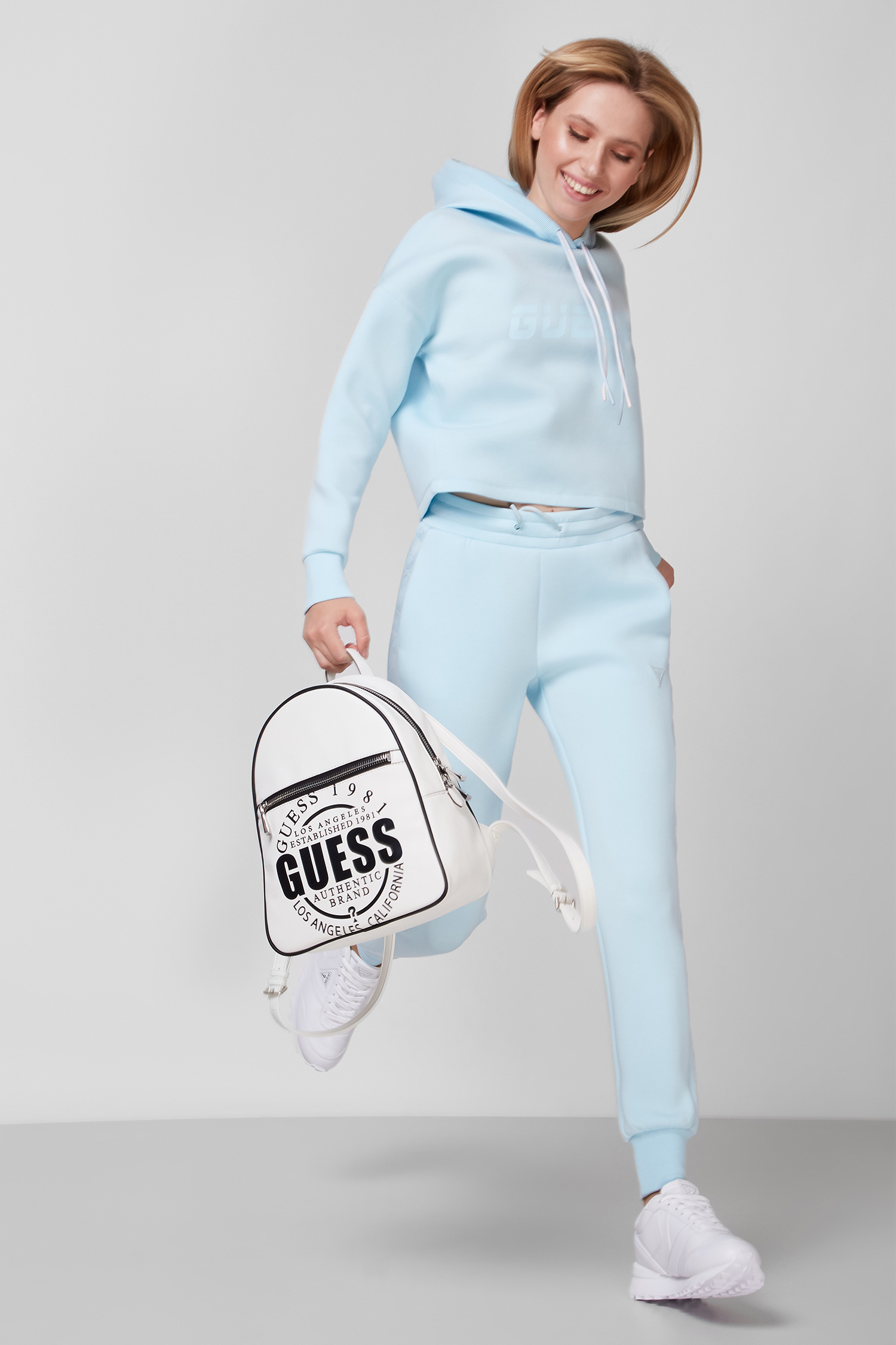 Жіноче блакитне худі Guess O1GA48.KAMN2;G7FA
