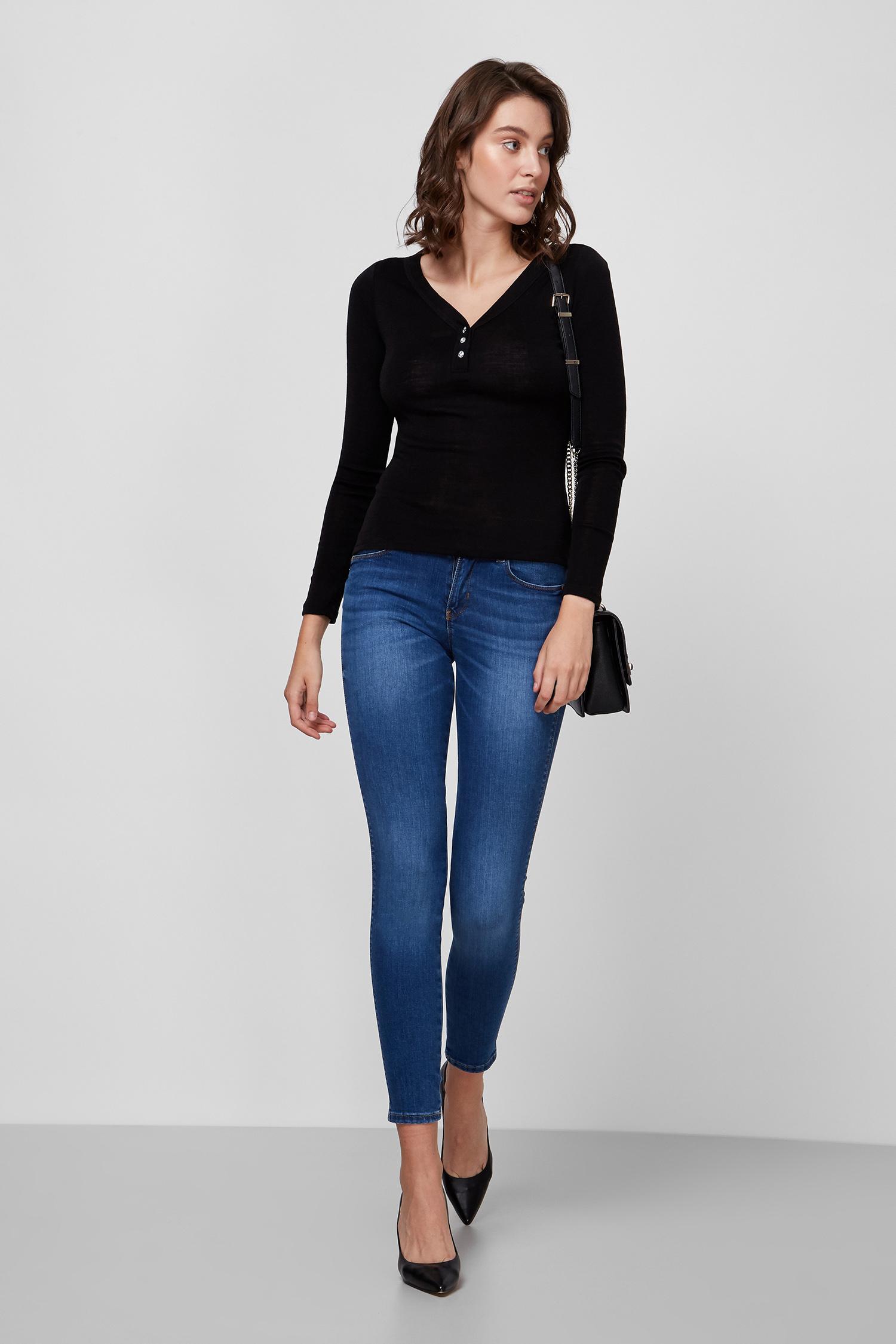 Женский черный пуловер Guess W0BP25.KA9C0;JBLK