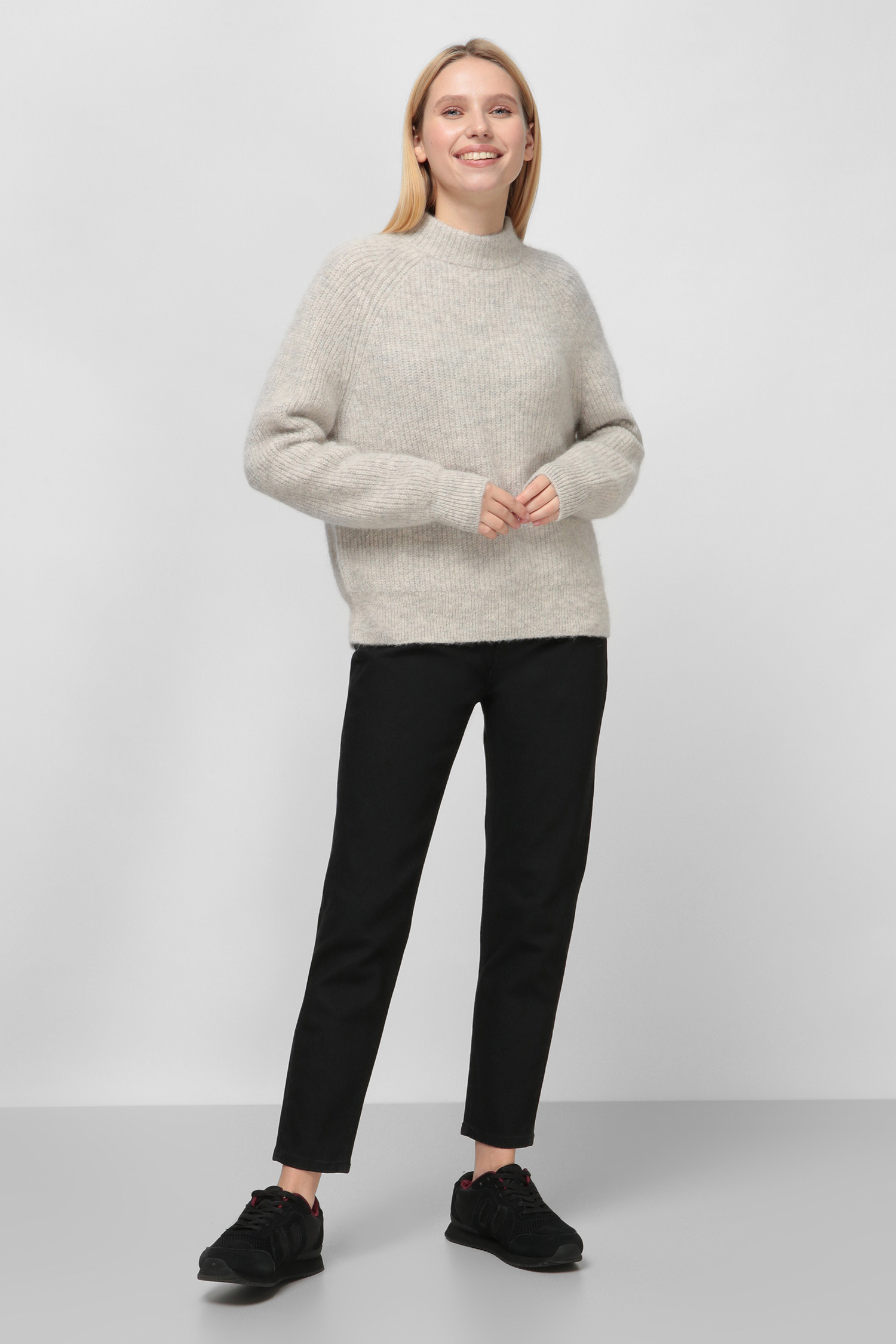 Женский светло-серый шерстяной свитер SuperDry W6110091A;MD5